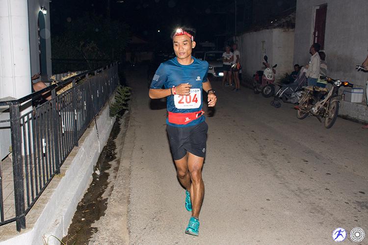 Quang Trần - dấu chân Việt trên đường chạy 246 km - ảnh 3