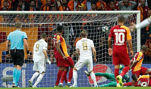 Real thoát hiểm bằng trận thắng Galatasaray - ảnh 2