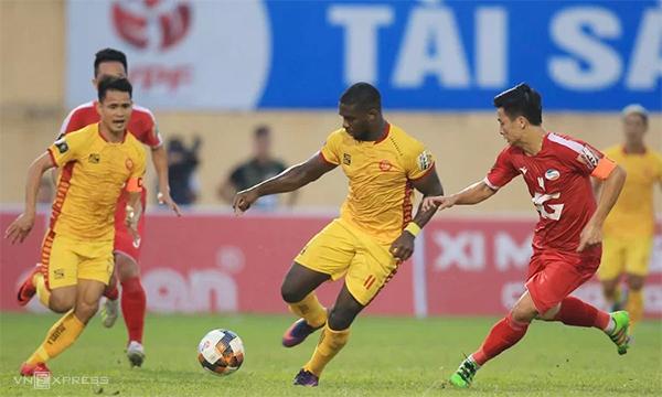 Cuộc đua trụ hạng đốt nóng vòng cuối V-League 2019 - ảnh 1