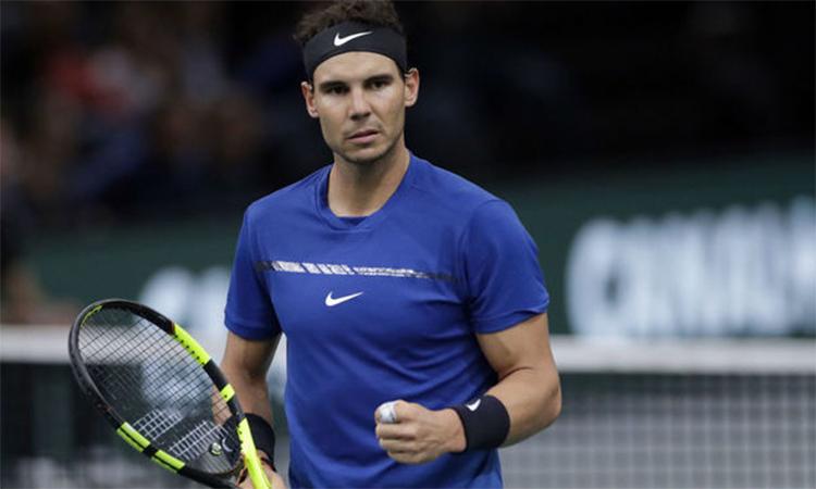 Nadal chắc chắn ở ngôi số một thế giới trước ATP Finals, bất chấp kết quả tại Paris Masters. Ảnh: AFP.