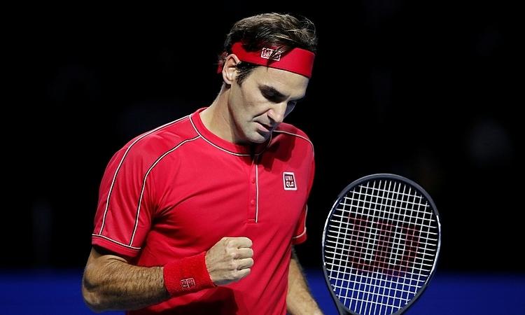 Federer chỉ cần thắng thêm một trận để đoạt chức vô địch thứ 10 ở Basel. Ảnh: Reuters.