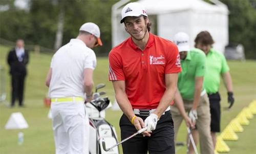 Ngoài bóng đá, Bale còn có đam mê với golf. Ảnh: Times