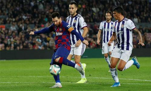 Messi ghi bàn và kiến tạo hay như nhau.