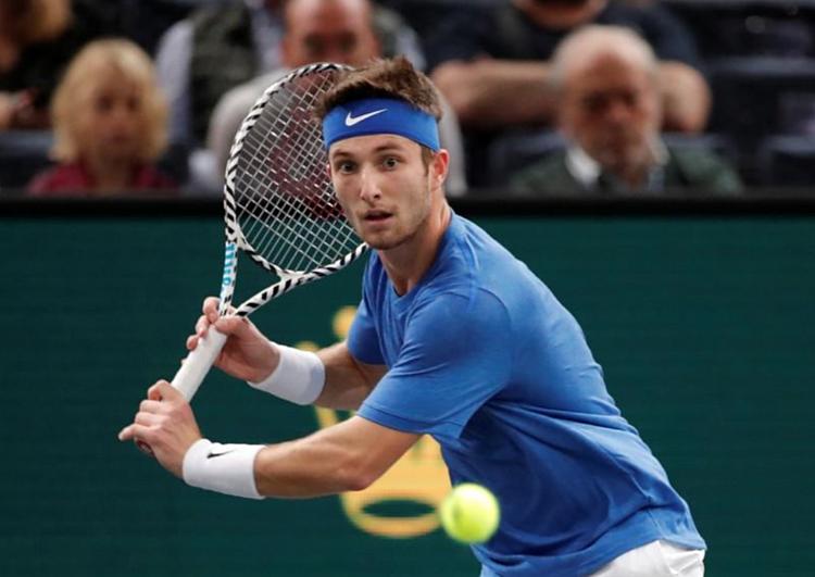 Kinh nghiệm hạn chế khiến Moutet bỏ lỡ nhiều cơ hội để kết liễu hy vọng đi tiếp của Djokovic. Ảnh: Reuters.