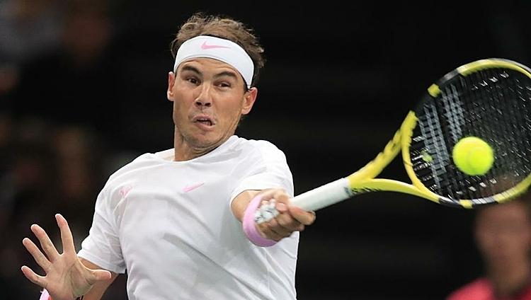 Nadal thường không đạt thể trạng tốt trong giai đoạn cuối năm. Ảnh: AP.