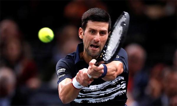 Chiến thắng tốc hành trước Tsitsipas mang lại niềm tin và sự hưng phấn lớn cho Djokovic. Ảnh: Reuters.