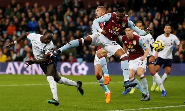 Mane ghi bàn ấn định chiến thắng cho Liverpool ở phút bù giờ thứ tư. Ảnh: Reuters.