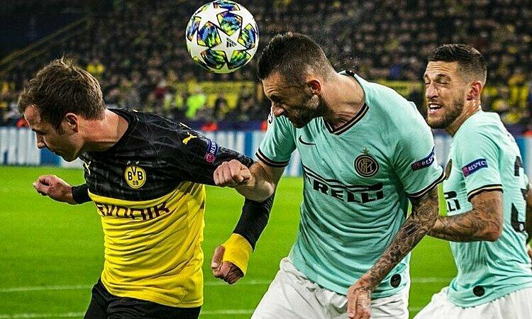 Inter phòng thủ tốt trong hiệp một, nhưng sụp đổ ở hiệp hai. Ảnh: imago.
