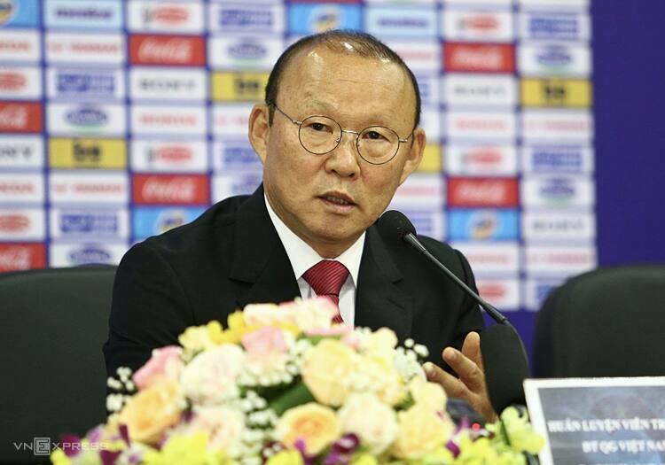 HLV Park Hang-seo đang được xem như người hùng của bóng đá Việt Nam. Ảnh: Đức Đồng.