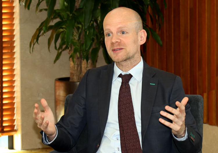 Phó Tổng thư ký FIFA: Việt Nam cần lấy CLB làm gốc - ảnh 1