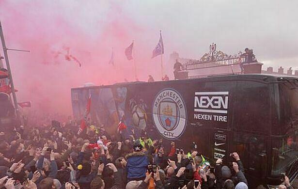 Man City yêu cầu Liverpool bố trí lối đi an toàn đến Anfield - ảnh 1