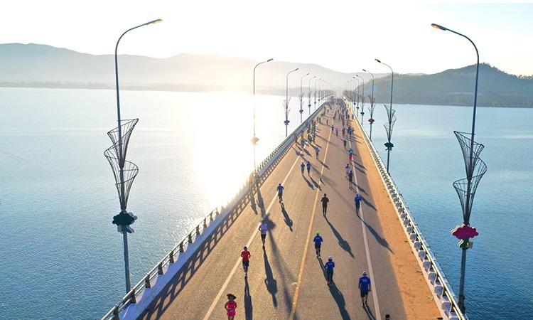 Giải chạy VnExpress Marathon 2019 thu hút trên 5.000 vận động viện.