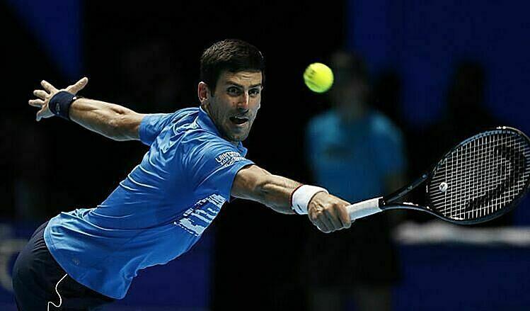 Djokovic thất bại dù chỉ tự đánh hỏng 23 lần, so với 41 lỗi của Thiem. Ảnh: AP.