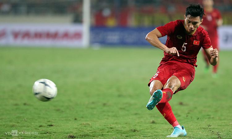 Văn Hậu được đề cử cầu thủ trẻ hay nhất châu Á - ảnh 1