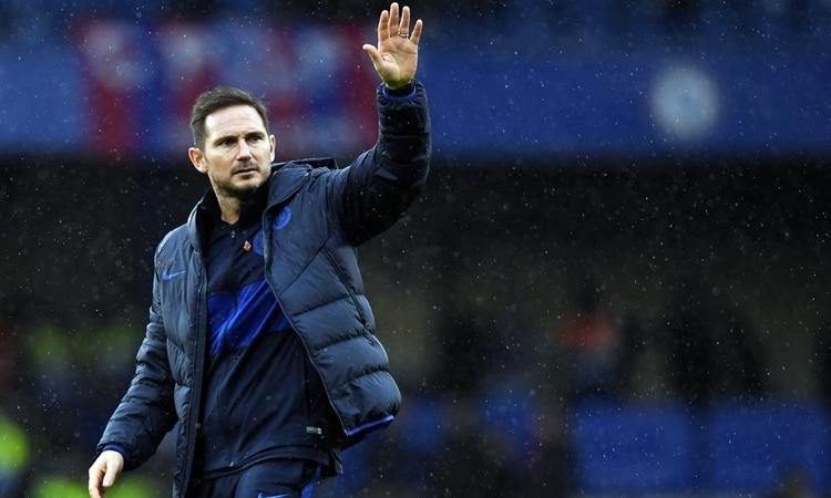 Lampard có thành tích không tốt khi đấu những đội mạnh tại Ngoại hạng Anh. Ảnh: Reuters.