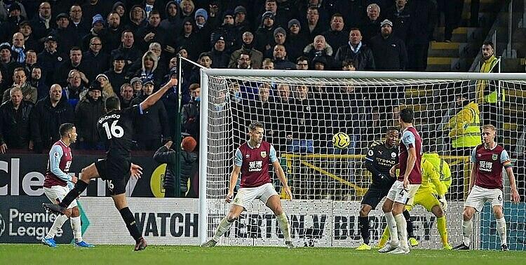 Rodri ghi bàn thứ hai cho Man City từ đầu mùa. Ảnh: REX.