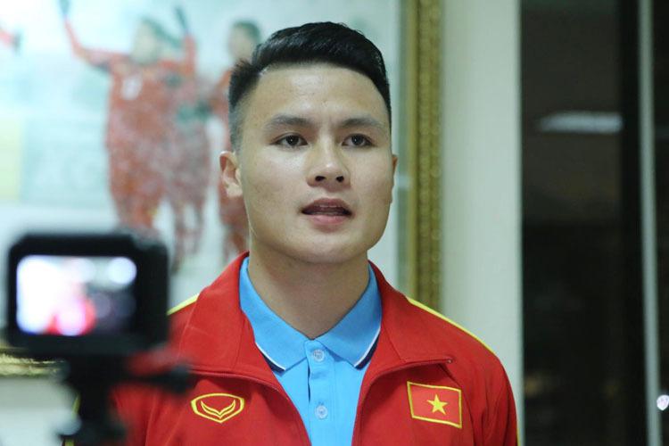 U23 Việt Nam chỉ tập nhẹ tại Hàn Quốc - ảnh 1