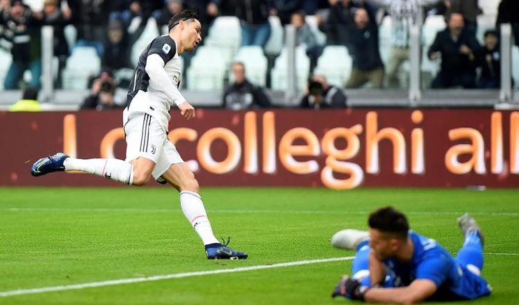 Ronaldo có chín bàn và vươn lên top 5 cây săn bàn nhiều nhất tại Serie A. Ảnh: Reuters.