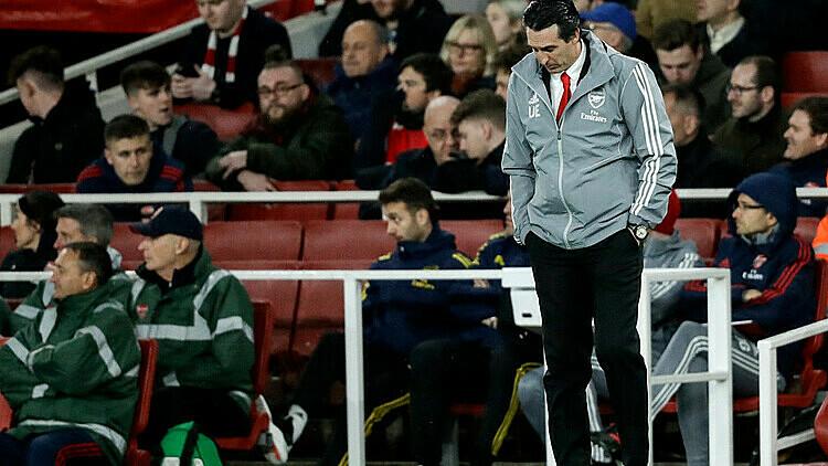 Emery trong trận cuối cùng tại Emirates. Ảnh: AP.