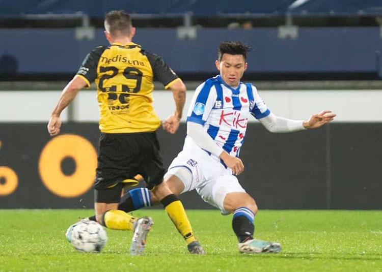 Văn Hậu trở thành cầu thủ Việt Nam đầu tiên được ra sân thi đấu tại Hà Lan.