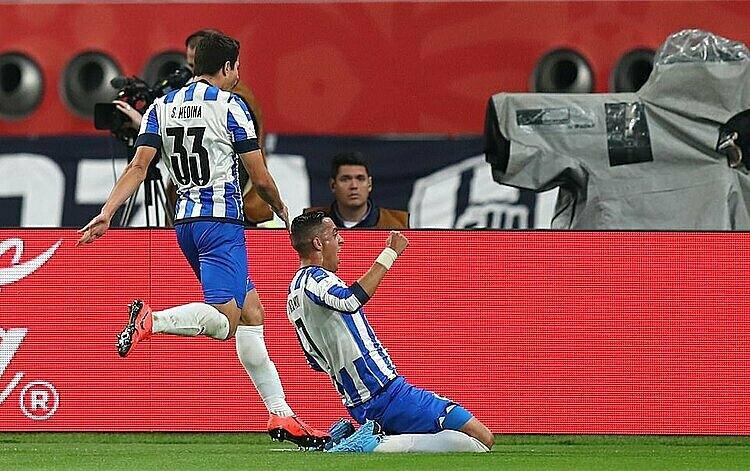 Cầu thủ Monterrey mừng bàn gỡ hòa. Ảnh: Reuters.