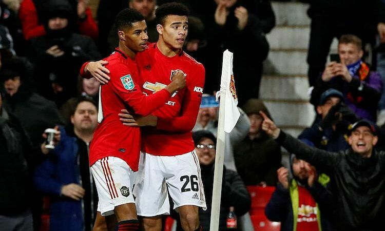Rashford ghi dấu ấn trong cả ba bàn thắng của Man Utd. Ảnh: Reuters.