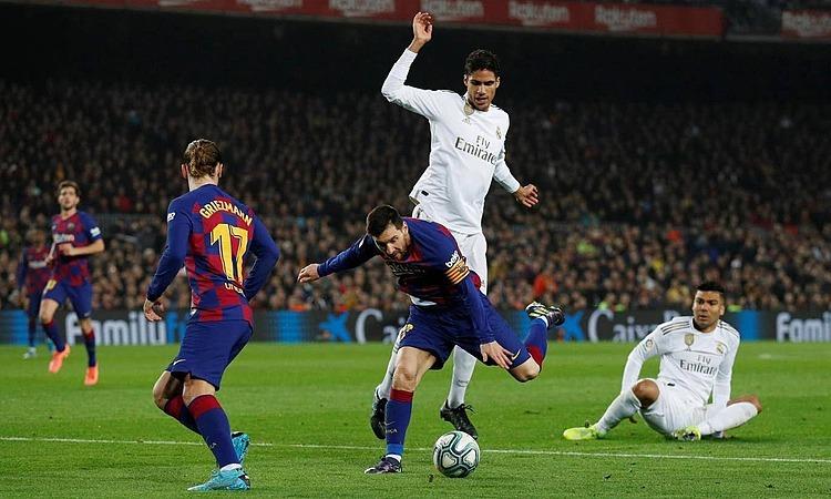 Messi bỏ lỡ cơ hội trong hiệp hai. Ảnh: Reuters.