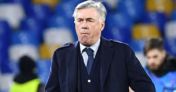 Ancelotti bị Napoli sa thải dù đưa đội bóng này vào vòng knock-out Champions League. Ảnh: AFP.