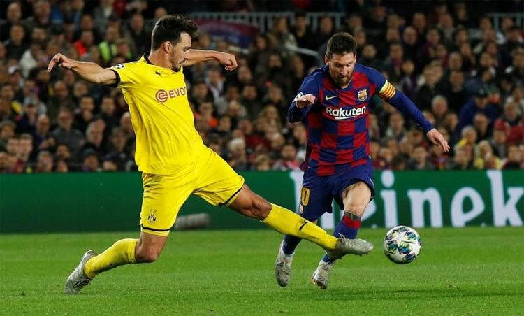 Messi đang có cơ hội vượt lên và bỏ xa Pele. Ảnh: Reuters