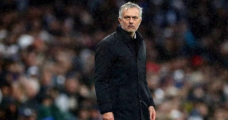 Mourinho giận dữ khi ban tổ chức Ngoại hạng Anh bắt cầu thủ đá hai trận trong 48 giờ. Ảnh: PA.