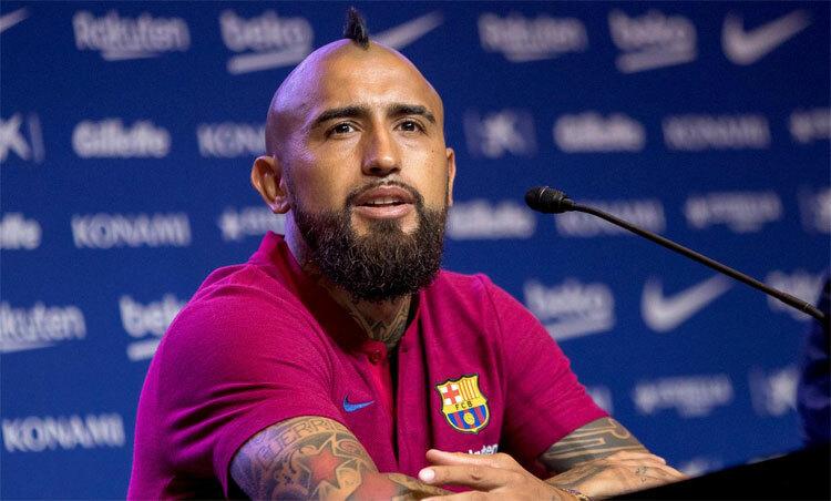 Vidal có thể sẽ rời Barca trong tháng 1. Ảnh: Reuters
