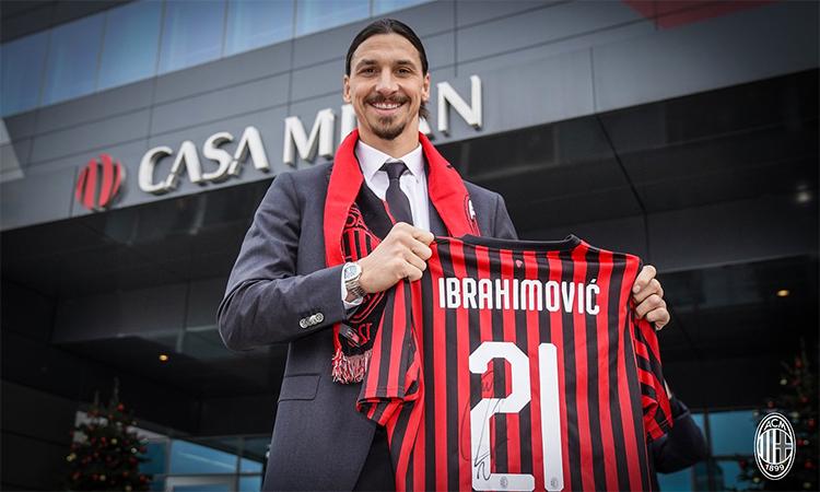 Ibrahimovic vẫn là một ngôi sao sáng ở tuổi 38. Ảnh: EFE