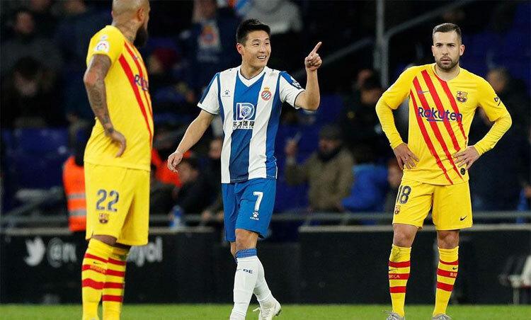 Sự quyết đoán của Wu Lei mang về một điểm cho đội chủ nhà.