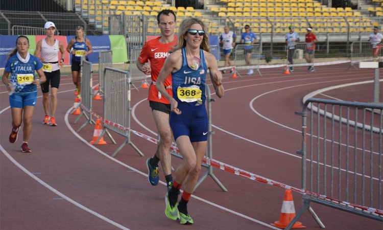 Herron trên đường lập kỷ lục chạy liên tục trong 24 giờ đồng hồ, với thành tích 270,116 km hôm 28/10/2019. Ảnh: U.S. National 24 Hour Running Team.