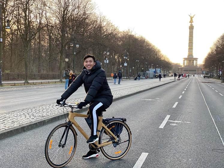 Trevi Bike tài trợ cho Heerenveen của Văn Hậu - ảnh 2