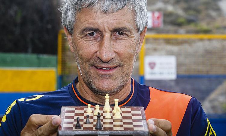 HLV Setien - người lĩnh hội bóng đá nhờ cờ vua - ảnh 3