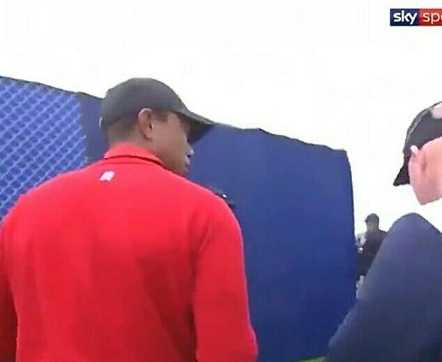 Biểu cảm của Woods khi hay tin được Sky Sports ghi lại. Ảnh: Sports Mail.