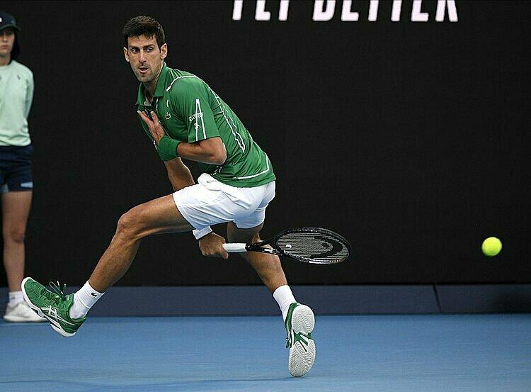 Djokovic sẽ cân bằng kỷ lục của Federer nếu vô địch ba Grand Slam còn lại trong năm nay. Ảnh: AP.