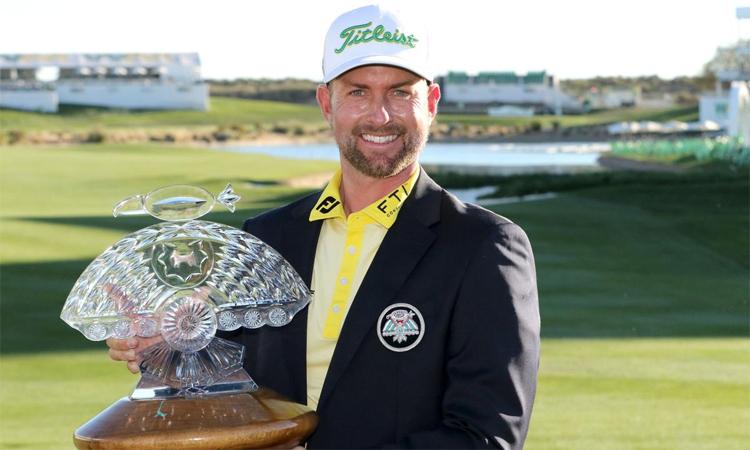 Webb Simpson mừng chức vô địch thứ sáu ở PGA Tour. Ảnh: Waste Management Phoenix Open.