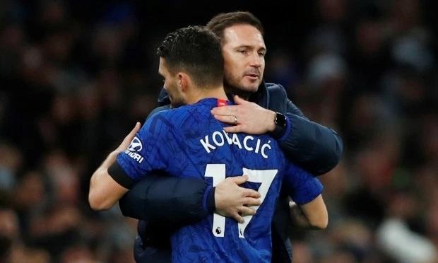 Kovacic thừa nhận chịu nhiều ảnh hưởng từ Lampard. Ảnh: Reuters.