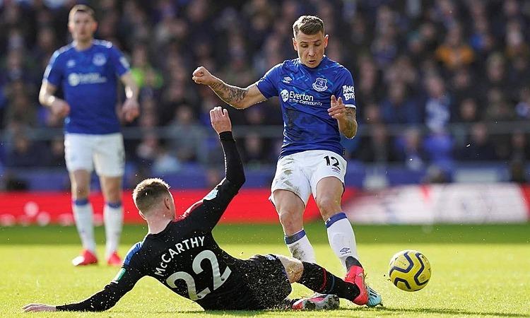 Sau 11 trận gần nhất, Everton vươn từ vị trí 18 lên thứ bảy. Ảnh: Reuters.