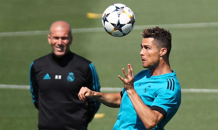 Ronaldo có thể là một yếu tố để Zidane cân nhắc chọn Juventus làm bến đỗ tiếp theo. Ảnh: Reuters.