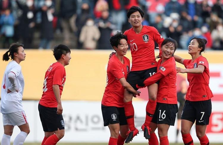 Hàn Quốc thắng hai trận liên tiếp, ghi 10 bàn và không thủng lưới lần nào.