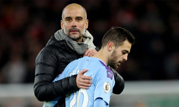 Bernardo Silva thất vọng với việc Man City bị bỏ xa trên đường đua vô địch như hiện tại. Ảnh: Reuters.