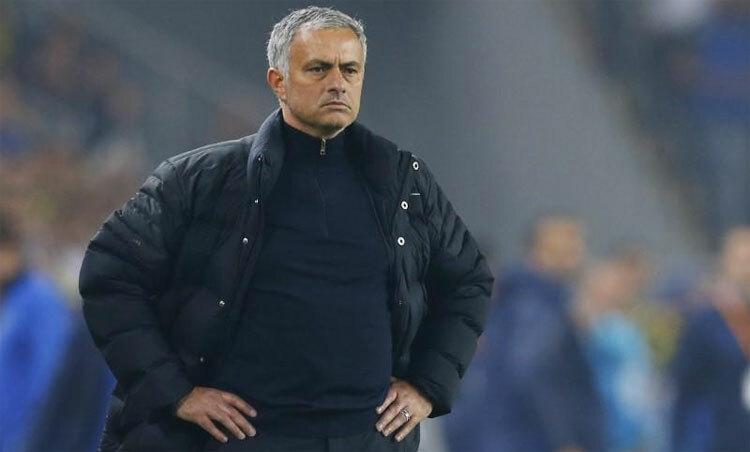Mourinho đang kiên nhẫn và tìm tòi công thức thành công với Tottenham. Ảnh: Reuters.