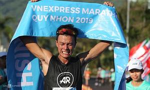 Hai runner Việt chuẩn bị đến Boston Marathon
