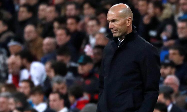 Zidane đang cần chiến thắng trở lại ở La Liga. Ảnh: Reuters.