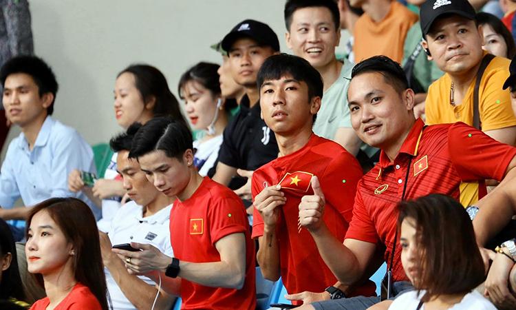 Hougang 0-0 TP HCM (hiệp 1): Công Phượng đá chính - ảnh 2