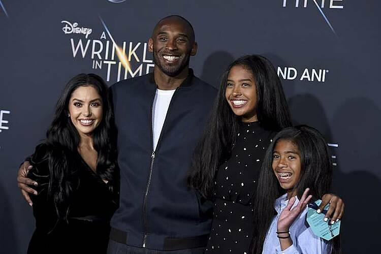 Vợ chồng Kobe Bryant chung sống trong 20 năm. Ảnh: AP
