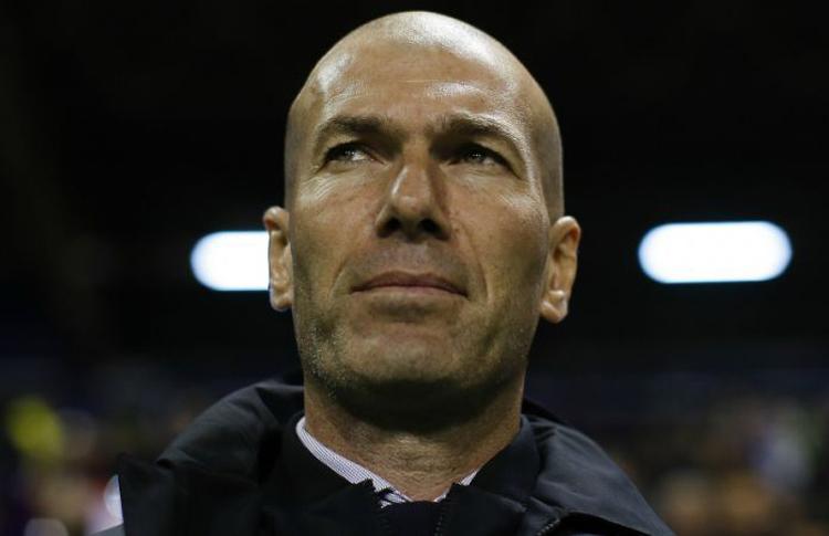 HLV Zidane chê các học trò mất tập trung trong 10 phút cuối trận đấu với Man City ngày 26/2.